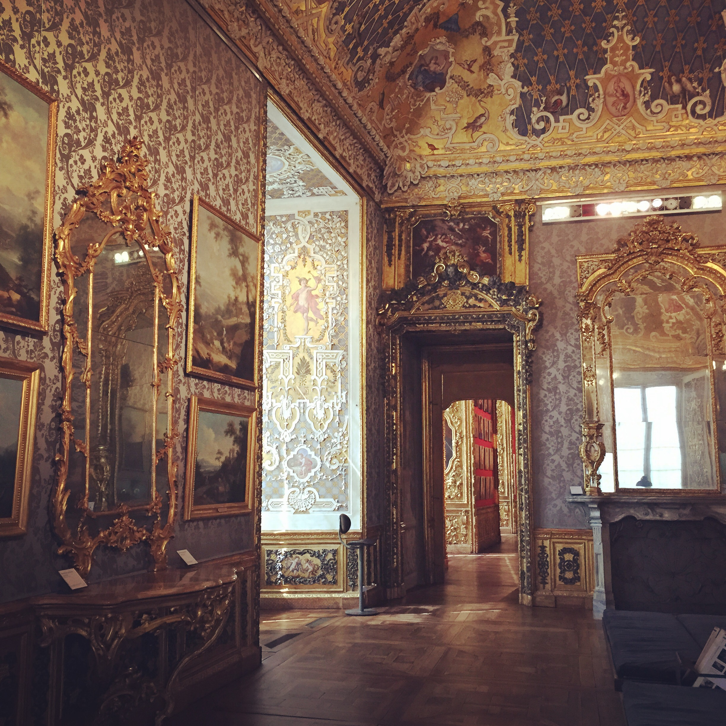 Palazzo Madama in Torino (the first palace of the Italian kingdom) will blow you away with intricate golden touches that seem too pretty to be real